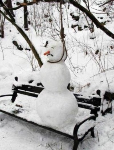 Snowmen_tired_of_winter